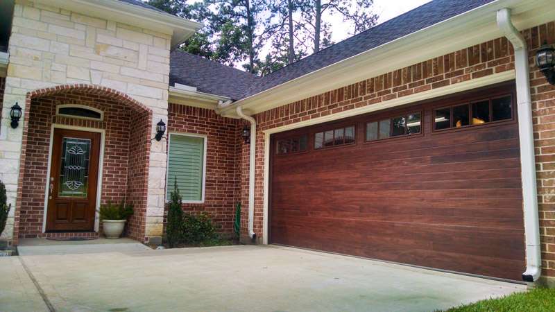 & Accent Plank Garage Doors - The Right Choice for Your Home